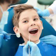 Cara Mengatasi Anak Takut ke Dokter Gigi