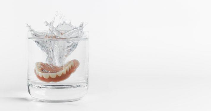 Manfaat Penggunaan Gigi Palsu